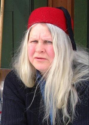 Eija Dibba (V) har överklagat Ragunda kommuns beslut att sälja slalombacken på Kullstaberget.