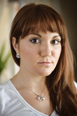 Elena Anikina har toppbetyg från sin gymnasietid i Ryssland och sökte Informatörsprogrammet på Högskolan i Gävle. Men hon blev inte antagen eftersom det bara antogs en person med utländska gymnasiebetyg: