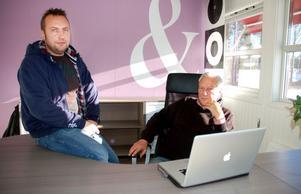Jonas och Bengt Hammarlund bestämde sig för att bygga eget då det var svårt att få tag på ett lämpligt litet kontor. Det blev ett helt företagshotell.