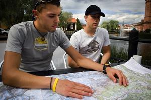 Äventyr. Kompisarna Samuel Chapman (till vänster) och Christian Teledahl har redan planer på att bestiga fler berg. Foto:Janne Eriksson