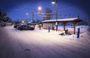 Resen av vintern kan pendlarna nyttja motorvärmaruttagen gratis.