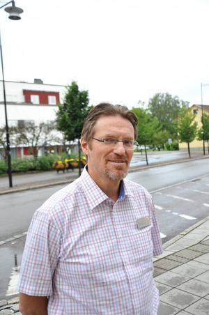 Leif Bäckström ledder projektet Vändpunkten där karlholmsborna snyggade till samhället.