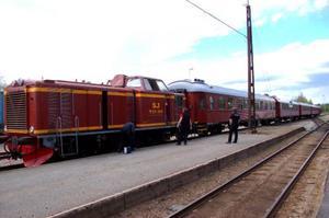 Man bytte lok på tåget och for tillbaka mot Orsa.