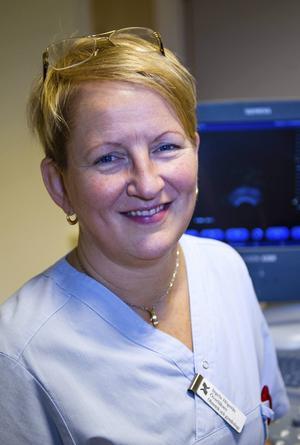 Ingela Högerås är chef för kvinnosjukvården i Gävleborg som beslutat att man inte ska få någon syskonbehandling.