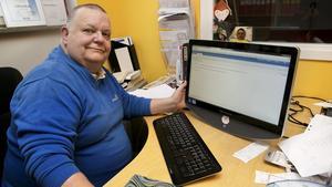 Peter Andersson tar strid mot nätbedrägerierna.