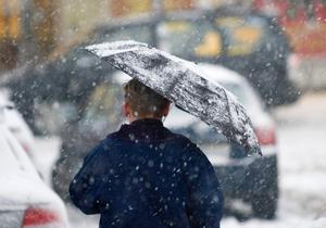 Snöfall är att vänta i länet flera gånger under veckan.