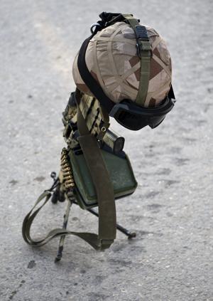 Har gjort sitt. Det är uppenbart att kriget mot den brokiga motståndsrörelsen inte går att vinna och att det inte finns en militär lösning på konflikten, skriver Kent Persson.