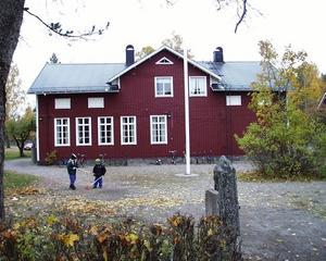 BEHÖVS INTE LÄNGRE. Tekniske chefen Patrik Österbring föreslår att skolor i Älvkarleby kommun ska säljas eller rivas.