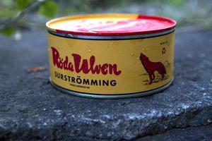 Röda Ulven      Markerad sälta. Tål att lagras. Tål också att kombineras. Filén något mildare.