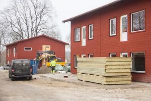 Nu är det inredningen som är kvar att bygga i de 35 lägenheterna på fastigheten bredvid polishuset i Avesta.