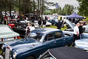 Rekordet från i fjol på 460 utställda fordon tros ha tangerats under lördagen.