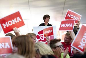 Under torsdagen stod Mona Sahlin vid talarstolen och levererade ett av sina starkaste framträdanden sedan hon tog över som partiledare för Socialdemokraterna.Foto: HENRIK MONTGOMERY/SCANPIX