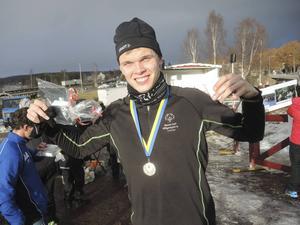 Oscar Karell tog förstaplatsen på 3 kilometer herrar (special olympics).
