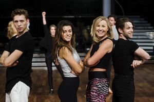 Repetion med Bianca Ingrosso och Elisa Lindström inför finalen av Lets Dance på fredag.