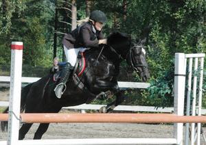 Klara Hammarström och June var placerad i både lätt B och lätt A.
