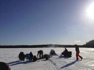 Fiske är en annan aktivitet som fungerar både sommar som vinter. För turister som saknar utrustning ska det vara lätt att ordna fram låneutrustning.
