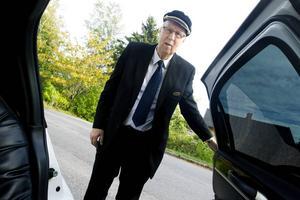 Det har blivit ett par artiga dörröppningar de senaste 17 åren för Valbobon Lennart Hedström, 72.