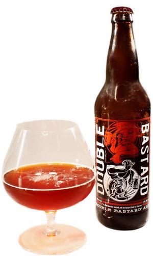 Humlebomb. Mycket av allt erbjuder Stone Double Bastard Ale. Hög alkohol och massor av humle och malt. Att njuta i små klunkar.