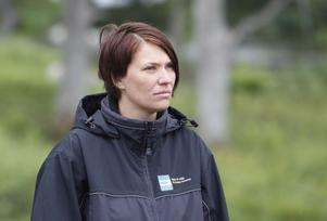 Älvkarleby kommuns bygg- och miljöchef Anna-Karin Jakobsson var med vid syningen.