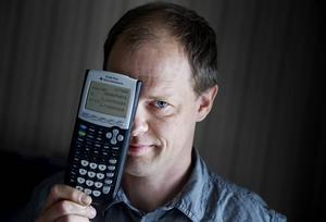 De duktiga eleverna behöver uppmuntran för att nå riktigt långt, menar försteläraren Fredrik Nilsson som inte vill gå miste om framtida nobelpristagare.