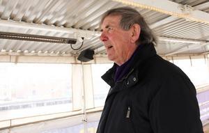 Arg och besviken. Båten var nästan färdig för säsongen när tjuvarna slog till, berättar George Ayres.