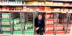TAR PLATS. Sedan kort tid tillbaka lanserar Coop och Konsum även sin egen ekologiska Änglamark-mjölk.