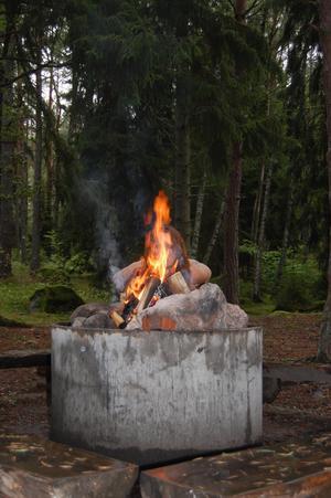 Bilden tagen en rengnig dag vid Ängsö grillplats.