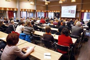 Svenska narkotikapolisförningen, SNPF, tillsammans med länsstyrelsen var värdar för utbildningsdagen på OSD. SNPF är en ideell utbildningsförening med syftet är att främja utbildning och forskning inom narkotikabekämpningens område.