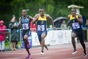 Tyquando Tracey vann 100 meter före landsmannen Kemarley Brown. Spårvägens Nil de Oliveira kom sexa.