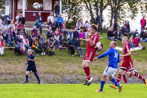 Över 500 åskådare såg matchen Hede-Brekken i fredags.