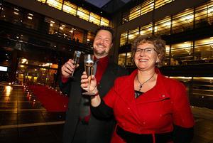 Läge för Annika Bränström (höger) att fira igen. Här vid invigningen av Bolagsverkets nya lokaler.