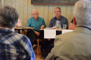 Ljusnarsberg i fokus. När partierna träffade SPF. Till exempel handlade diskussionerna om läkarbristen i Kopparberg. På bild Gunnar Fransson (M) och Ingemar Javinder (S).