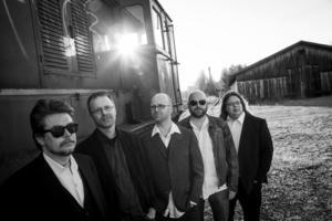 Hion Martell, från vänster Ulf Hagberg, Christer Nilsson, Håkan Nilsson, Stefan Larsson och Peter Subäck, ger denna vecka ett smakprov på sitt nästa album.