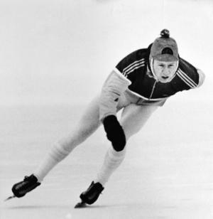 Bosse König med snygg tofsmössa 1985.