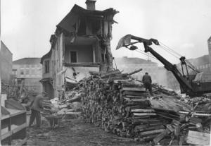 Stora delar av Västerås stadskärna revs under 1960-talet, en konsekvens av kulturradikalismens influens över svensk stadsplanering.