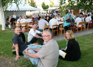 Smakprov 1. Den årliga folkfesten Hyele.