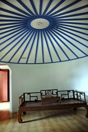 TAK. Så här ser taket ut i det mongoliska hotellrummet.Foto: Katarina Lönnberg