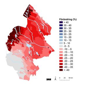 Framtidsprognos för åren 2021–2050. Strategier för reducerade växthusgasutsläpp medför att strålningsdrivningen stabiliseras.  I Östersund skulle snötäcket minska med 10–15 procent.