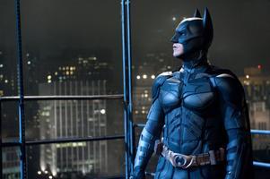 """""""Jag tror att de ska förvänta sig vad man kan förvänta sig av en film från Chris Nolan, han skulle aldrig göra någonting som inte var bättre än det som gjorts tidigare"""", säger Christian Bale till The Telegraph. Bale spelar Batman i """"The dark knight rises"""", filmen som avslutar Christopher Nolans trilogi om den maskerade hämnaren.              Foto: Ron Phillips/AP/Scanpix"""