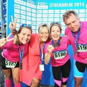 Team ToppHälsas lag på media-OS i triathlon i Stockholm.