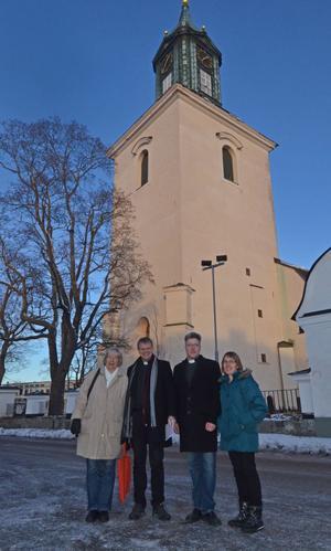 Svenska kyrkan i Hedemora, Garpenberg och Husby bjuder in alla par som hittills inte har kommit till skott att gifta sig kyrklig på Alla hjärtans dag den 14 februari.