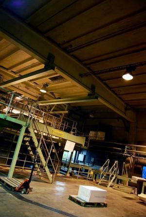 På eftermiddagen togs en sista bal ut ur produktionen som en symbol för stängningen av Stora Enso-fabriken.