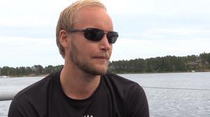 John Hägglöf – först över mållinjen.