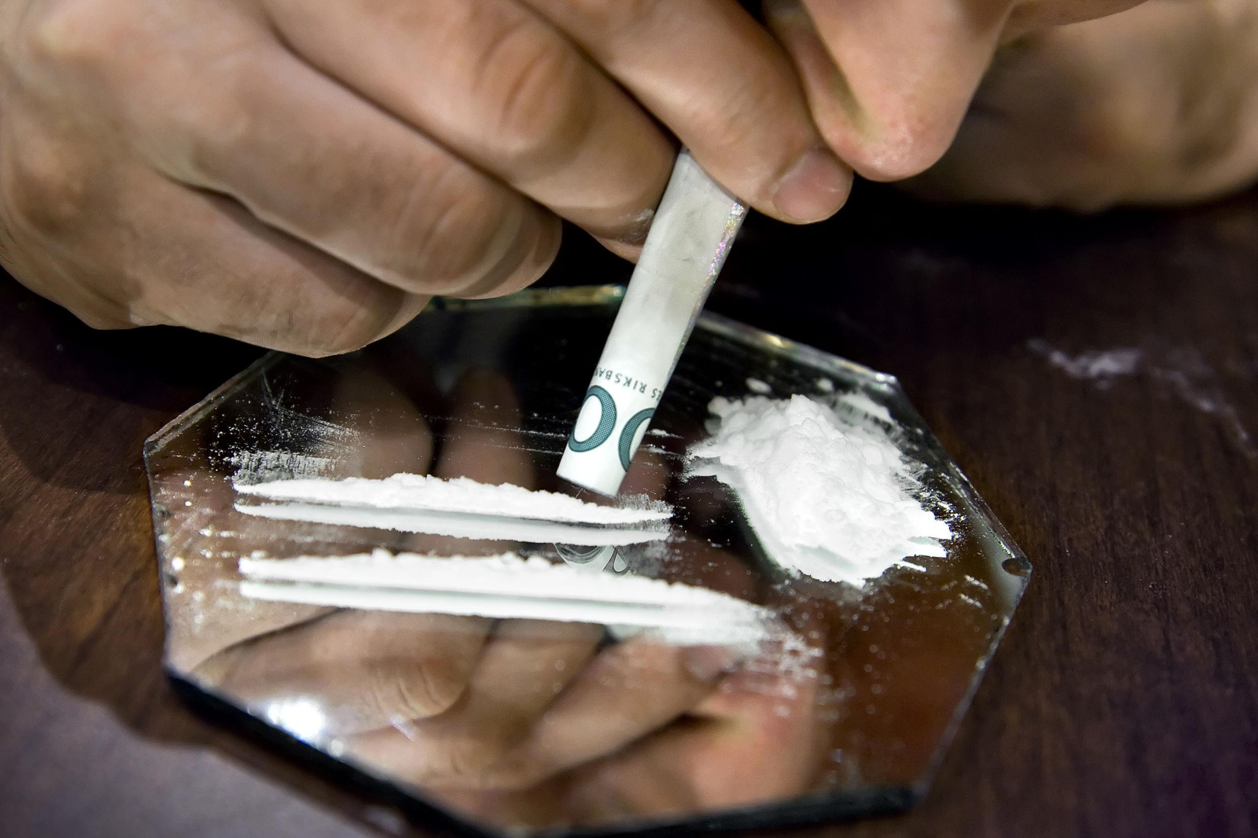 Ung man döms för att ha brukat narkotika – har erkänt att han tagit två linor kokain