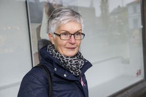 Ingrid Näslund, Örnsköldsvik:– Just nu tycker jag att papperstidningen är bäst. Man är ju van att bläddra i den på morgonen.