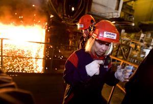 MARS 2008. I början av året besökte landshövdingen alla länets tio kommuner. I rundturen i Hofors ingick ett besök på Ovako med visning i fabriken.