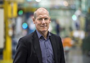 Stefan Palmgren, produktionsdirektör som ansvarar för komponenttillverkningen i Södertälje.