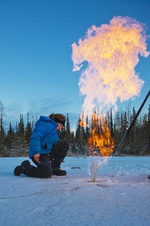 Västhusgasen metangas frigörs när permafrosten smälter i Sibirien.
