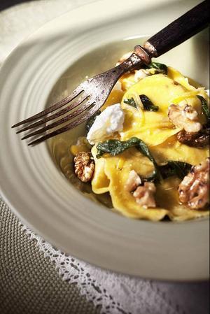 Mat ska smaka och dofta  gott. Mat ska helt enkelt ge mersmak, tycker insändarskribenterna.    Foto: Scanpix