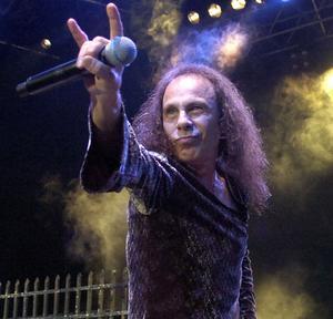 Ronnie James Dio hyllas i Borlänge i morgon.